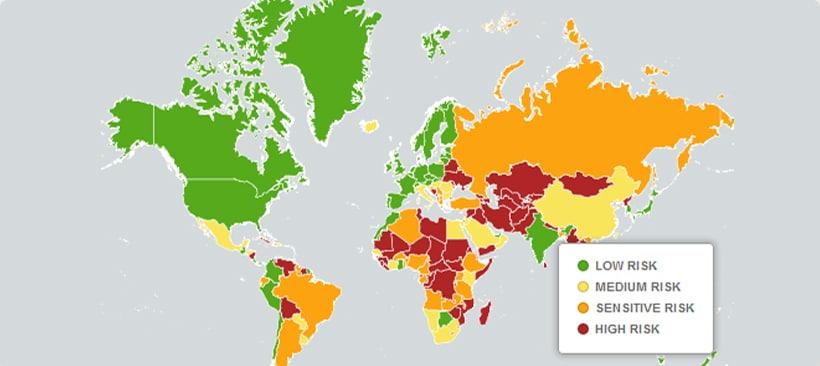 Carte du monde avec un classement par couleur des riques au Canada et dans les autres pays